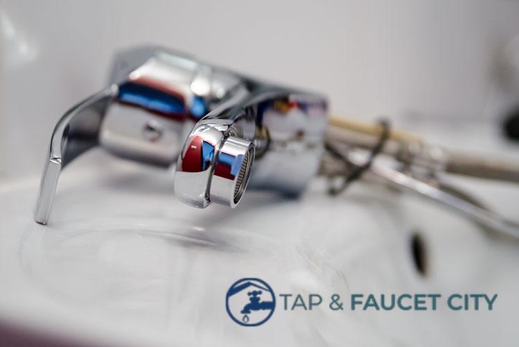 broken-plumbing-tap-faucet-city-singapore_wm