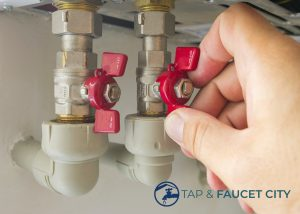 check-loose-water-tap-valves-tap-installation-tap-faucet-singapore_wm