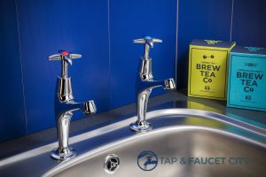 pillar-taps-tap-faucet-city-singapore_wm